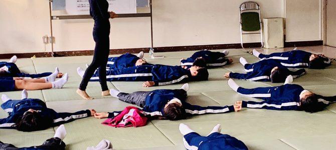 狛江市立狛江第三中学校朝ヨガ第二期終了しました。