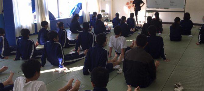 中学校0時限目に朝ヨガ第4期目スタート@狛江市立第三中学校